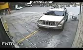 Thief got shot while stealing car