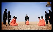ISIS – Beheading And Puts Head On Spikes